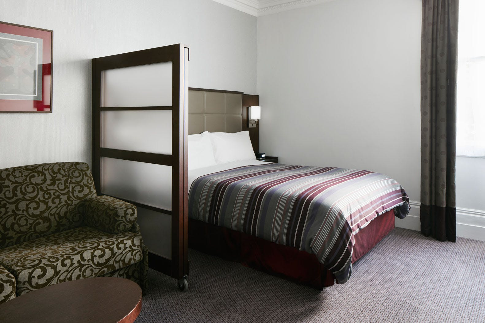 One Room Suite with 1 Queen Bed