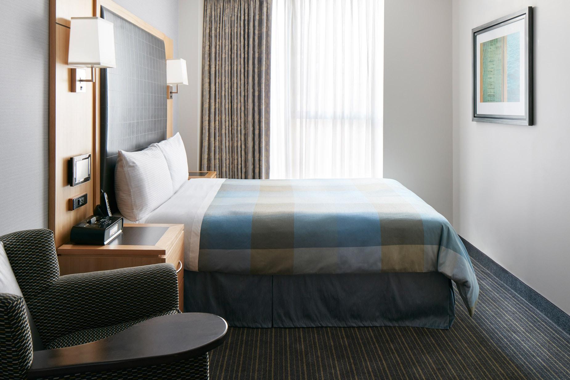 Standard Room Club Quarters Hotel World Trade