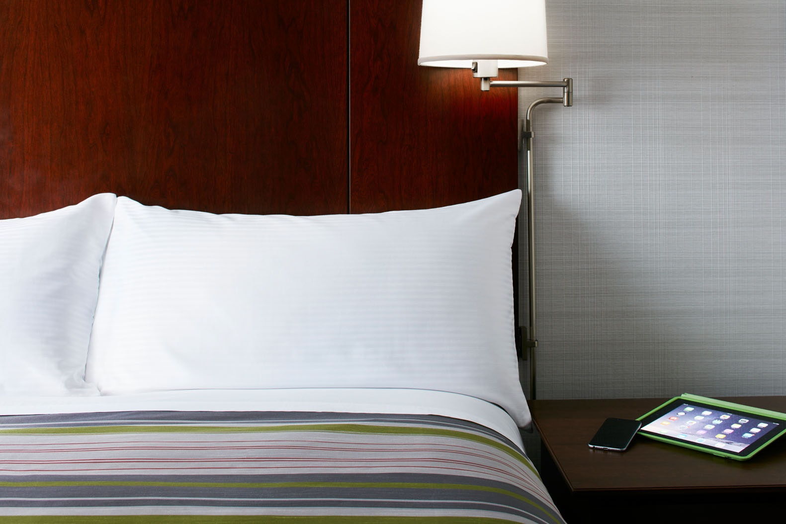 One Room Suite Club Quarters Hotel in