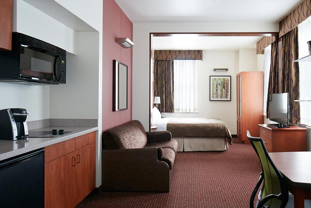 One Room Suite - Deluxe Studio Apartment
