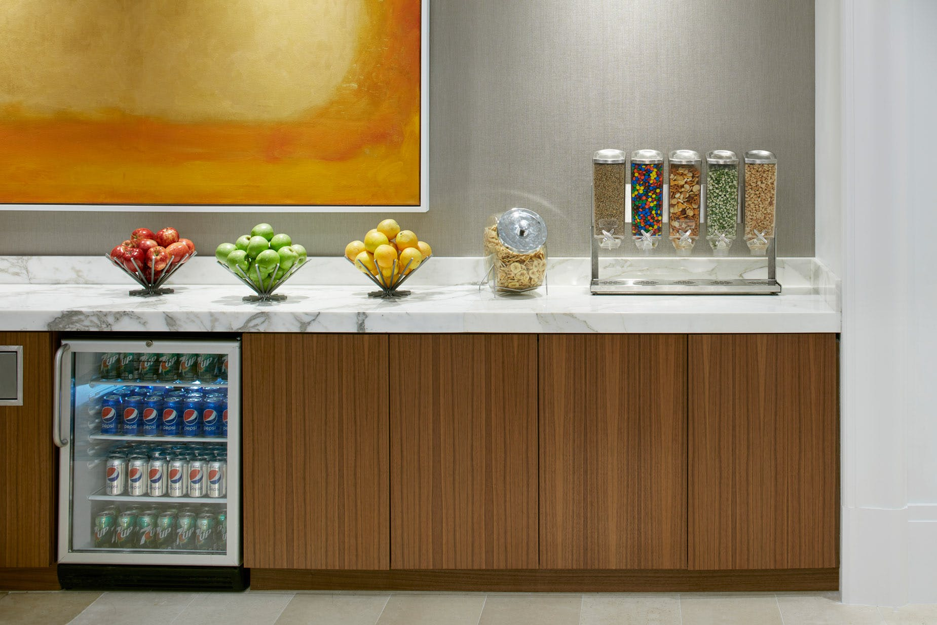 Complimentary Refreshments in the Club Living Room at Club Quarters Hotel in Houston