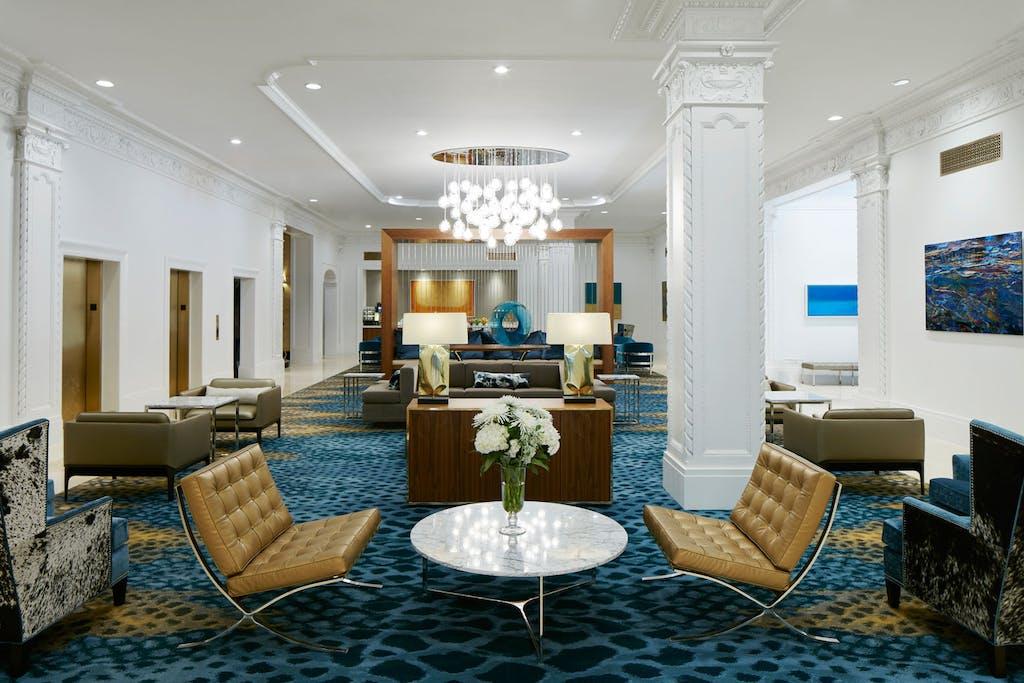 Club Living Room at Club Quarters Hotel in Houston