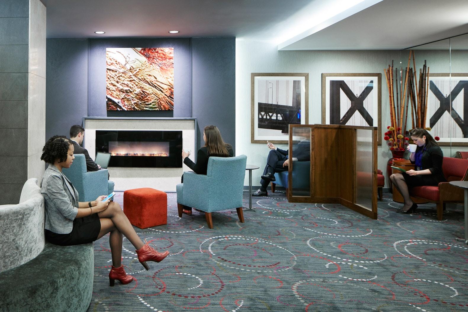 Club Living Room at Club Quarters Hotel