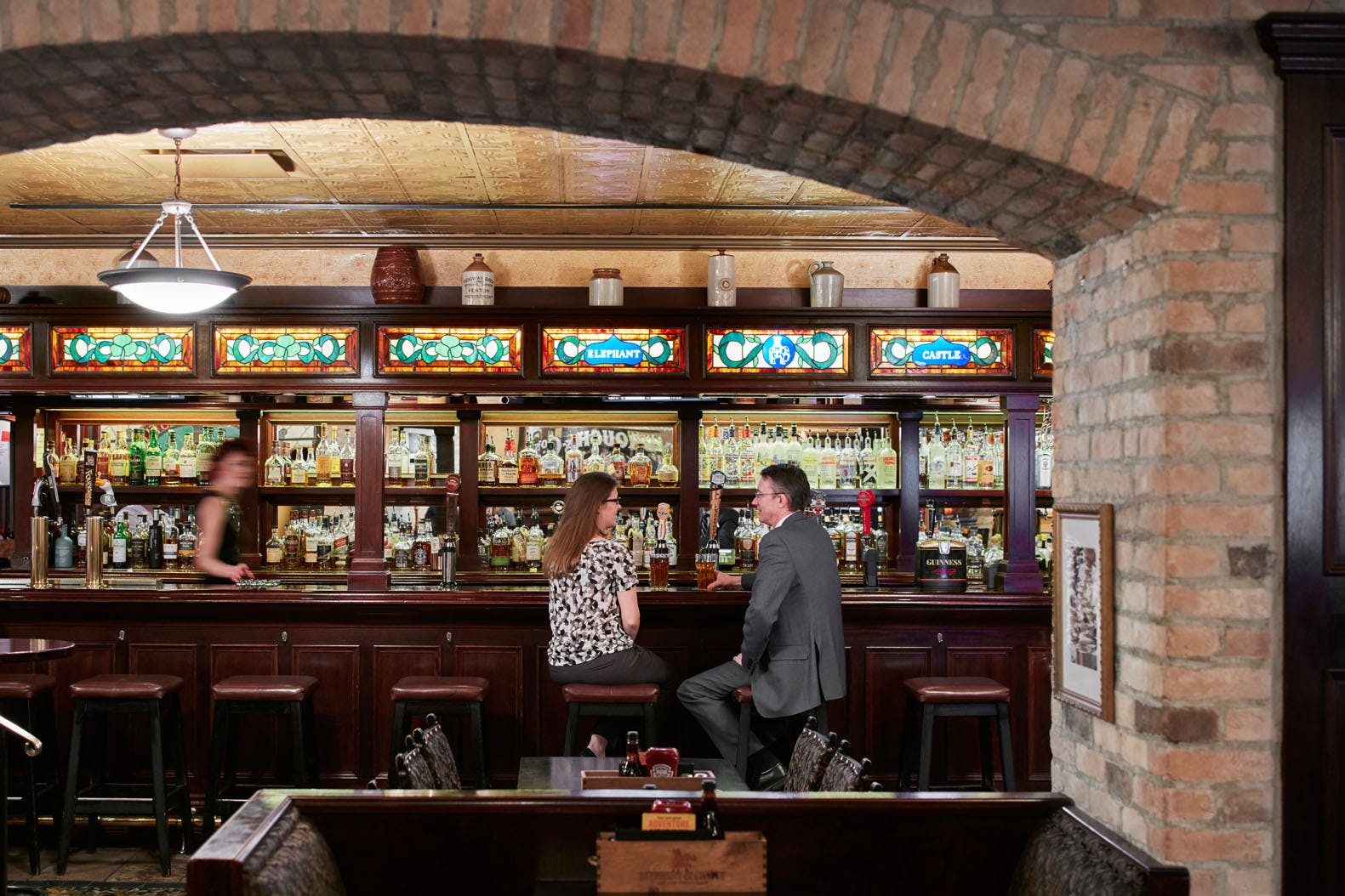 Elephant & Castle Pub and Restaurant at Club Quarters Hotel, Central Loop, Chicago