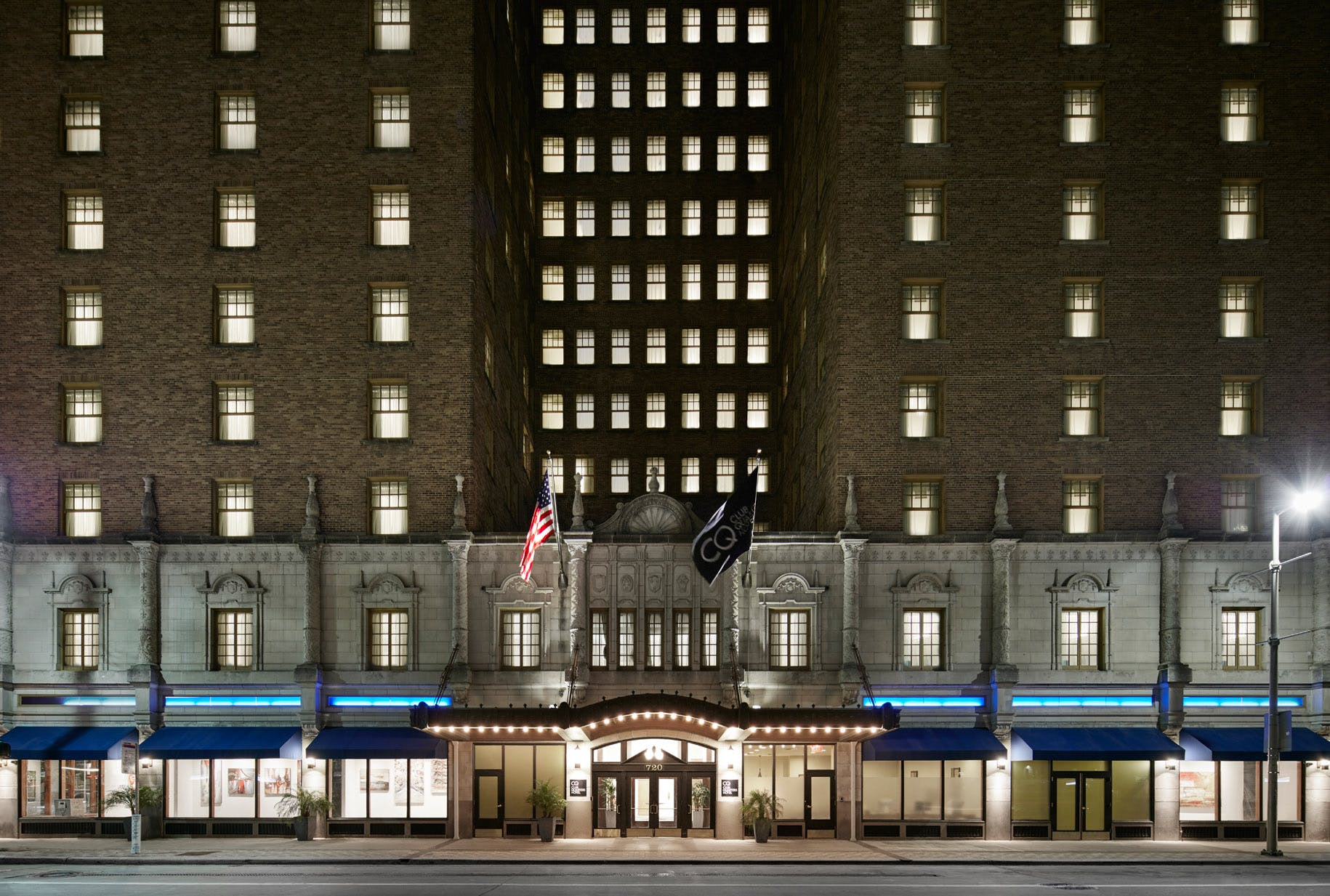 Historic landmark building, Club Quarters Hotel in Houston