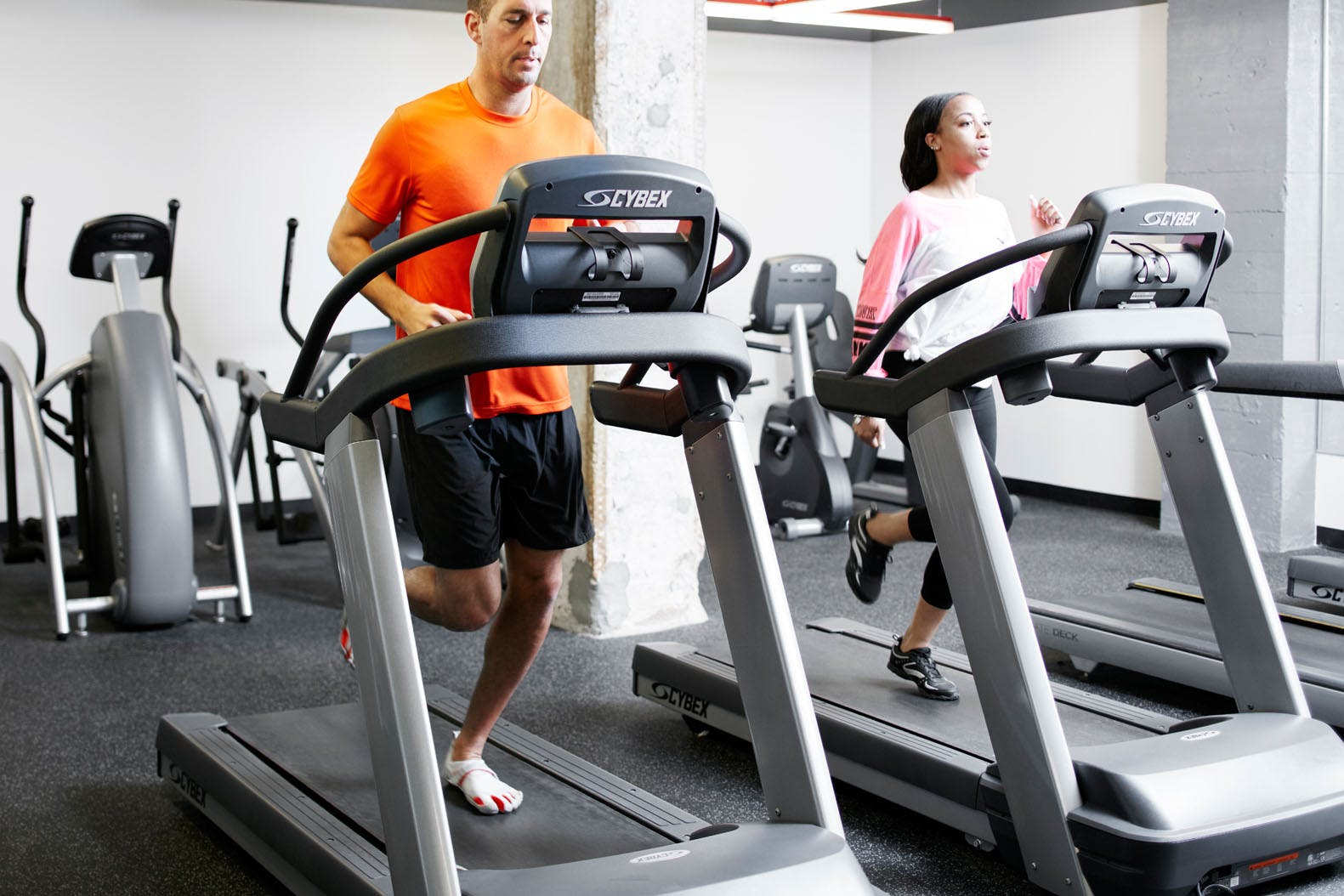 24-Hour Fitness Center at Club Quarters Hotel in Houston