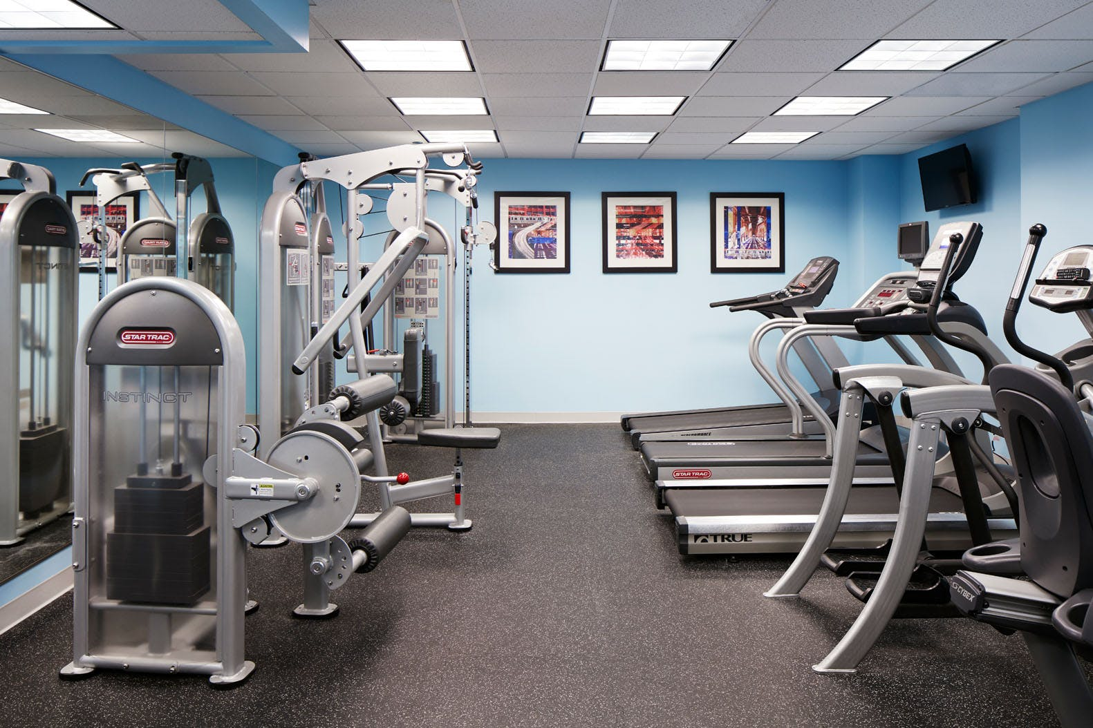 24-hour Fitness Center at Club Quarters Hotel, Wacker at Michigan, Chicago