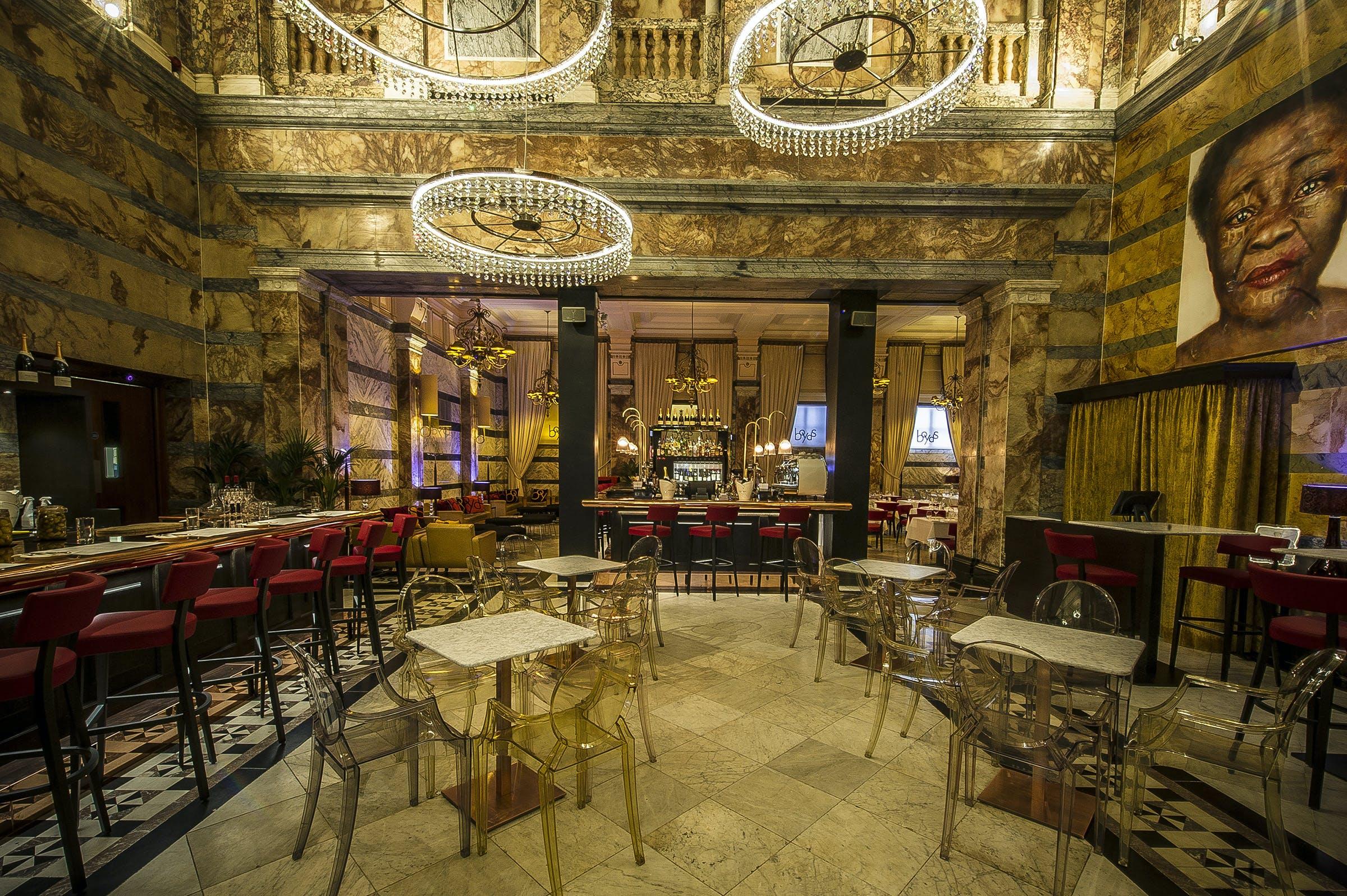 Boyd's Wine Bar Restaurant Trafalgar Square