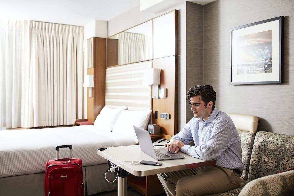 Standard Hotel Room Near Grand Central