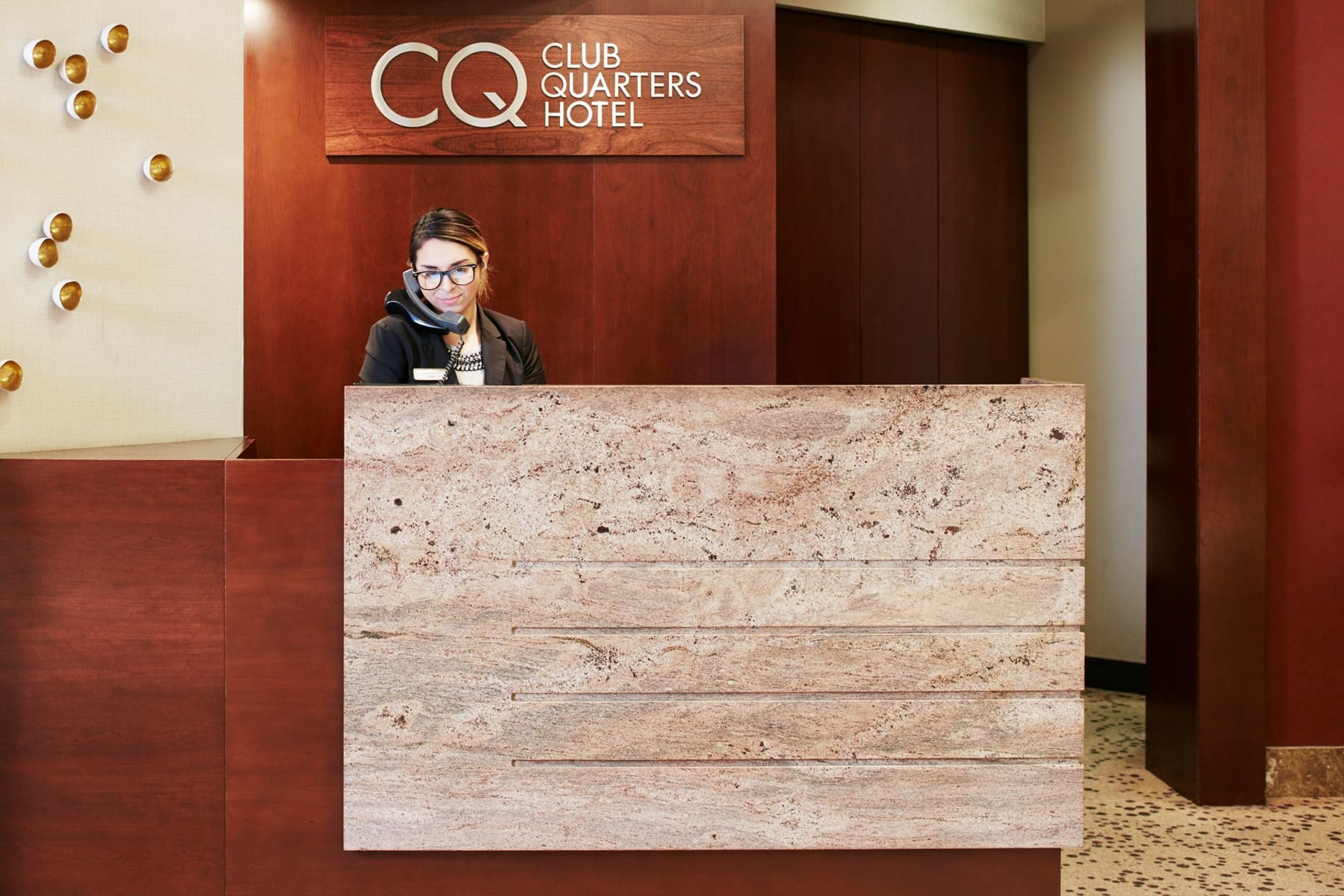 Member service desk at CQ Hotel, Central Loop, Chicago
