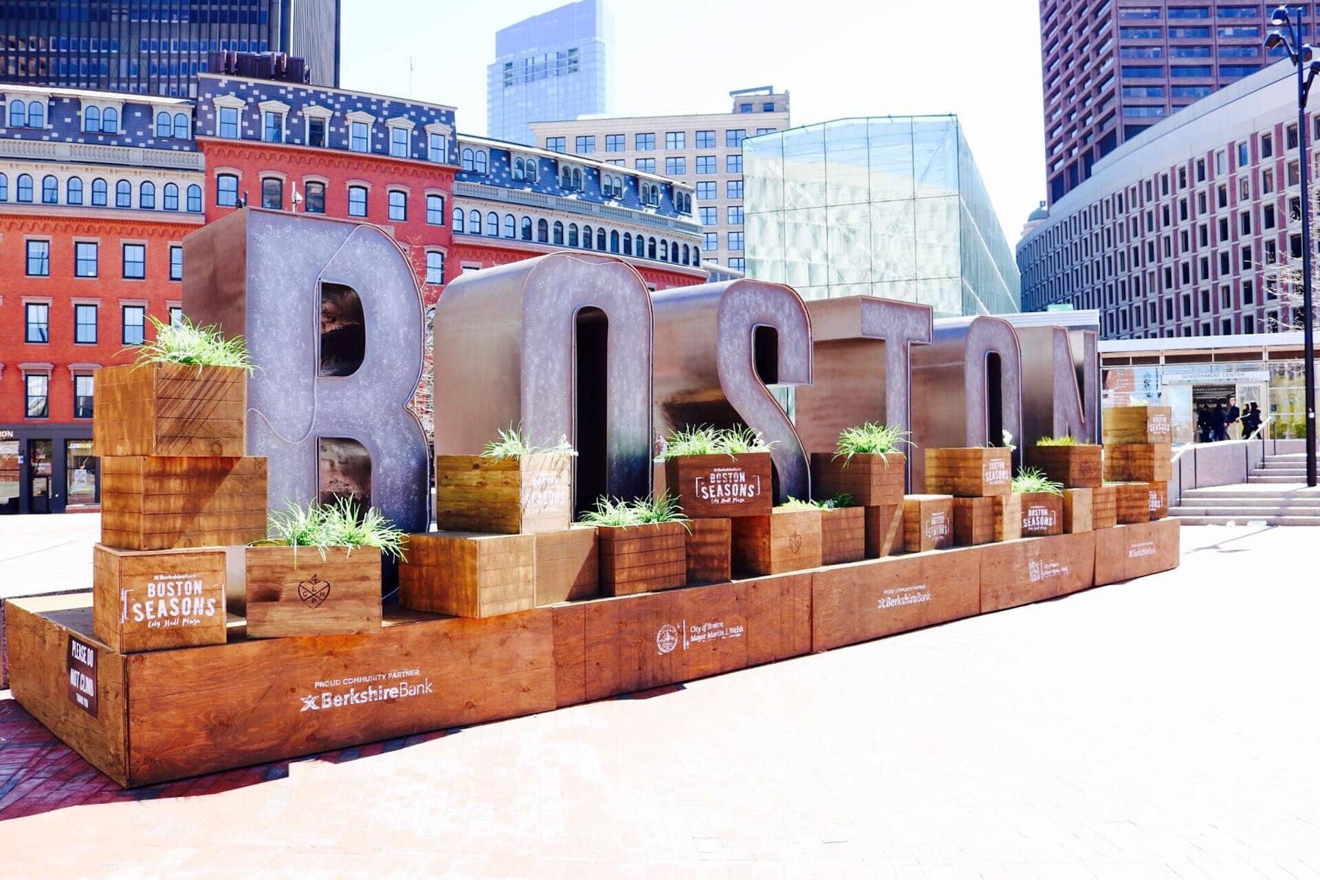 Boston sculpture in city center
